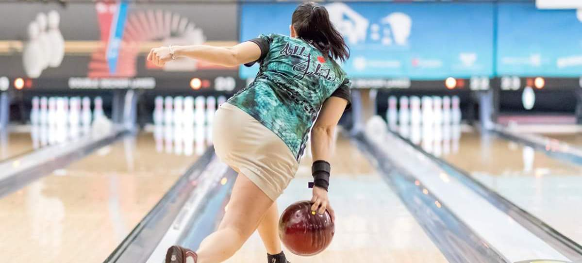 Official Website of PWBA Pro Bowler Ashly Galante